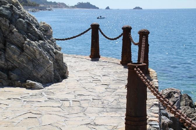 El Ayuntamiento sexitano mejora el acceso a la playa naturista El Muerto