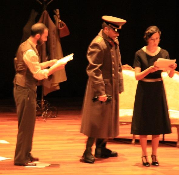 SKS Teatro sorprendió al público con la obra Cartas de amor a Stalin