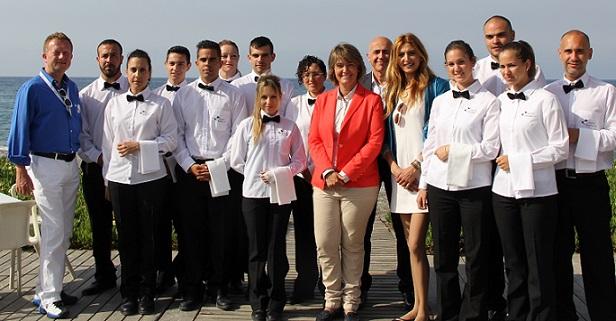 Los alumnos de servicios de bar y cafetería comienzan sus prácticas en empresas del sector