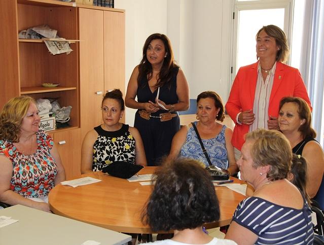 Más de 1.500 adultos y mayores han participado este curso en los talleres de Servicios Sociales