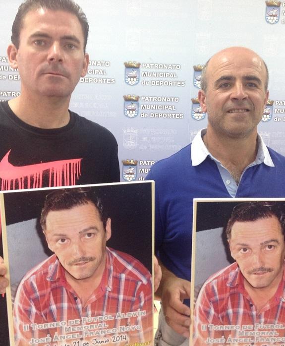 Juventud Sexitana, AD Almuñécar 77 y CD  Atlético Salobreña  y  Grupo B: PD La Herradura, El Ejido CF  y  UD Estrella  La Chana en el Memorial Franco Novo