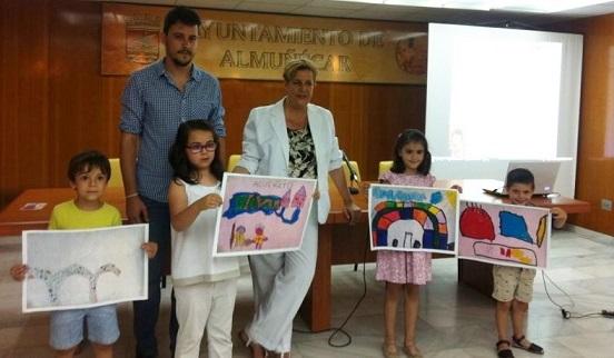 La Concejalía de Cultura y Educación entregó los premios a las mejores Postales para Claudia