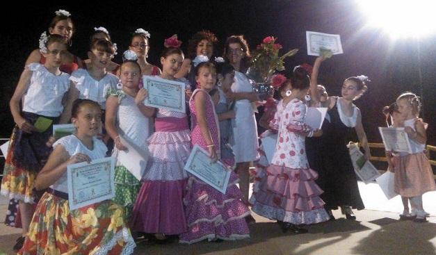 Un cuarto de siglo enseñando a bailar danzas tradicionales en Órgiva