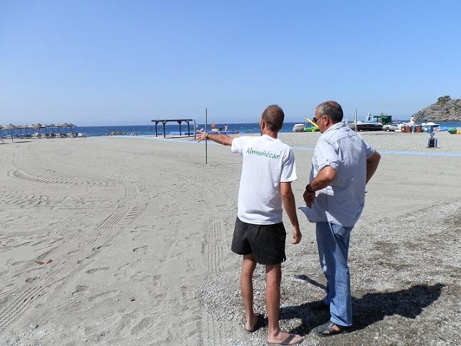 Almuñécar  habilita  nuevas instalaciones de Vóley, fútbol y balonmano playa  al municipio en Puerta del Mar
