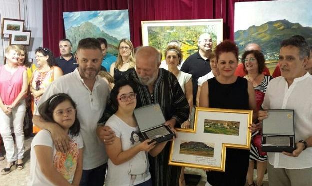 """La exposición Pepe Gámez""""Fente a frente"""" recauda fondos para Granadown"""