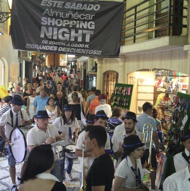 El comercio de Almuñécar celebrará este sábado segunda  shopping night del verano