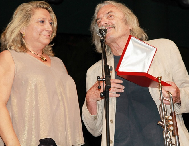 Almuñécar y el Festival de Jazz en la Costa rindieron homenaje al músico italiano Enrico Rava