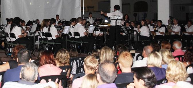 La  Banda Municipal de Música de Almuñécar ofrece esta noche un concierto de película