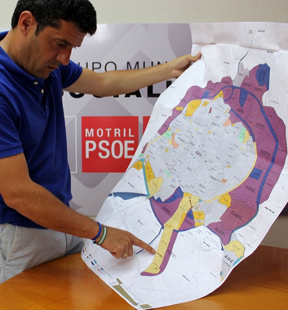 El PSOE Motril reclama la urbanización  del 'Kilómetro 1'