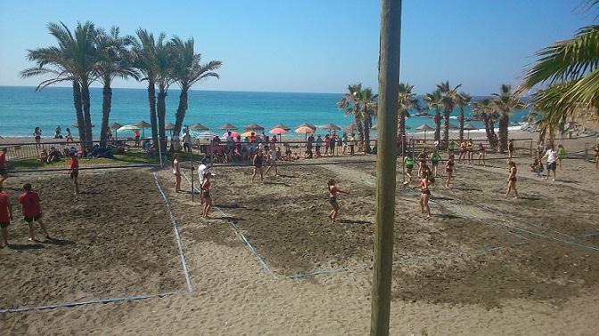 El Club Voleibol Almuñécar y el PMD presentan los campeonatos de vóley playa que acogerá en agosto la localidad sexitana