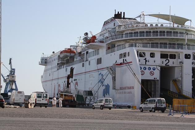 Protección Civil alerta de la afluencia masiva de vehículos y pasajeros en los puertos de Algeciras, Motril, Málaga, Almería, Alicante y Tarifa