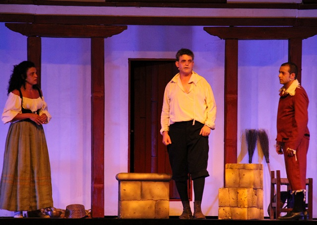 El teatro clásico llega este martes al Trópico de Europa