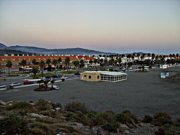 FACUA Granada recomienda velar por nuestros derechos  en locales de hostelería y restauración durante este verano