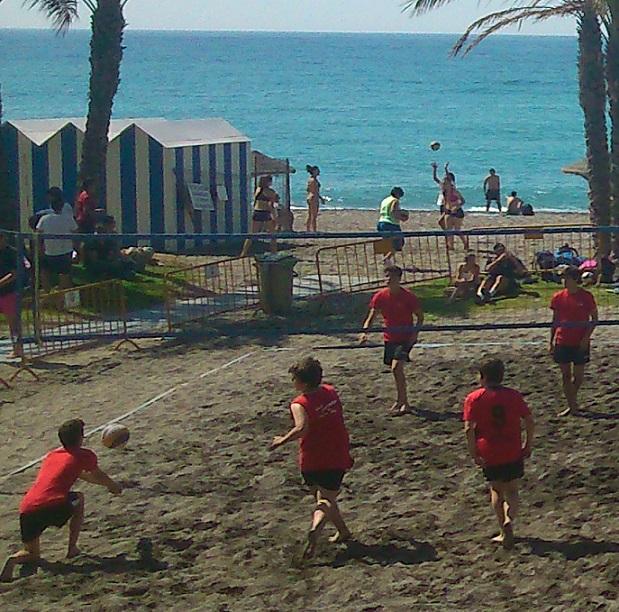 Arrancó el IV Circuito de Vóley Playa con la participación de 40 equipos inscritos en las distintas  categorías