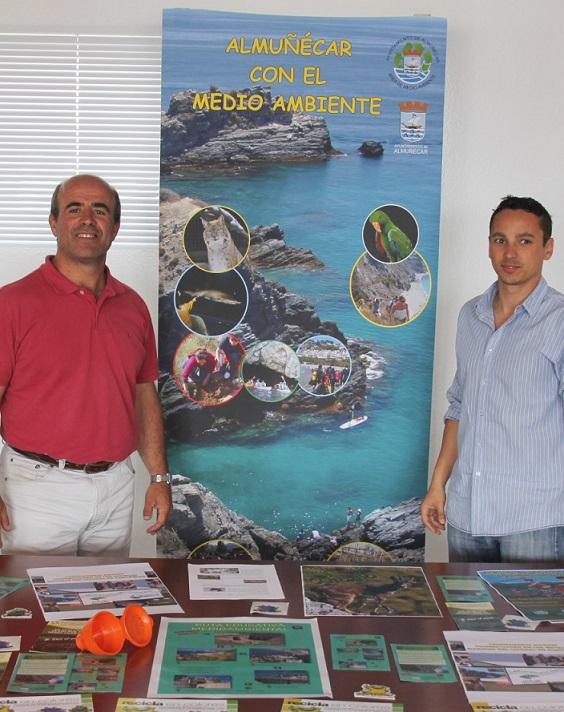 El Ayuntamiento de Almuñécar celebra una jornada Medioambiental y deportiva en la playa de Velilla