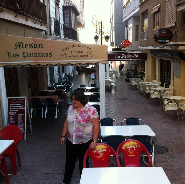 El PSOE solicita el baldeo diario de las calles con más tránsito y donde hay mayor número de bares y restaurantes