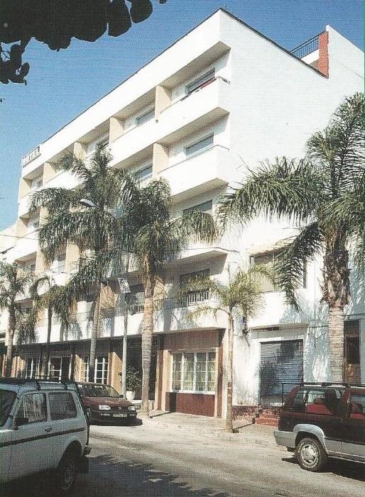 Responsables del hotel incendiado en Almuñécar apuntan a que el fuego podría haber sido provocado