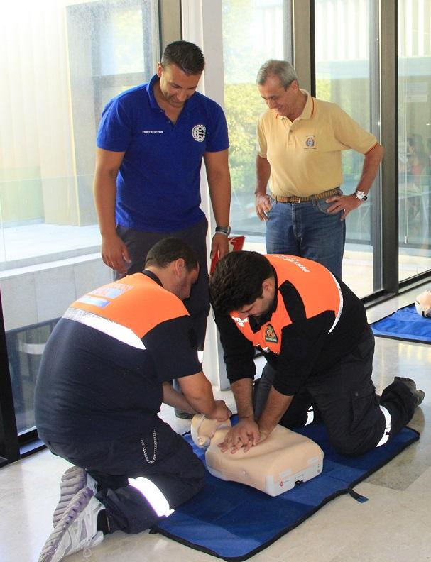 Voluntarios de Protección Civil se forman en reanimación cardiopulmonar