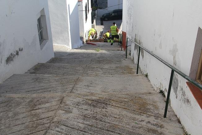 La Herradura mejora la calle Vencejo con una inversión de unos 12.000 euros