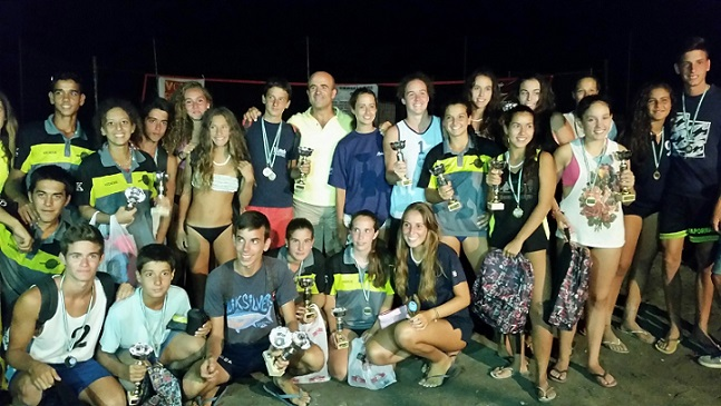 La pareja juvenil masculina Aloisio - Méndez gana el IV Circuito Vóley Playa de Almuñécar