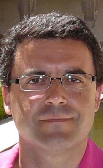 """El sexitano Luis Francisco Fernández Simón publica su primera novela """"En clave de Sol"""""""