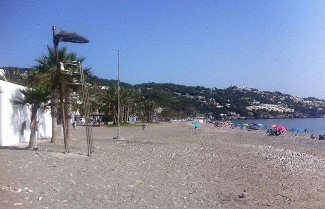 El PSOE denuncia la ausencia de Protección Civil en las playas de Almuñécar y La Herradura desde el 1 de septiembre