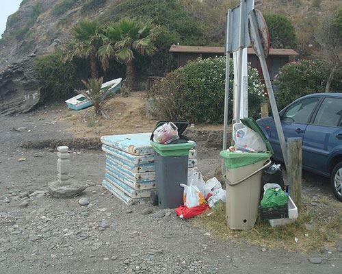 Según el PA Almuñécar el ayuntamiento desmantela el servicio de playas