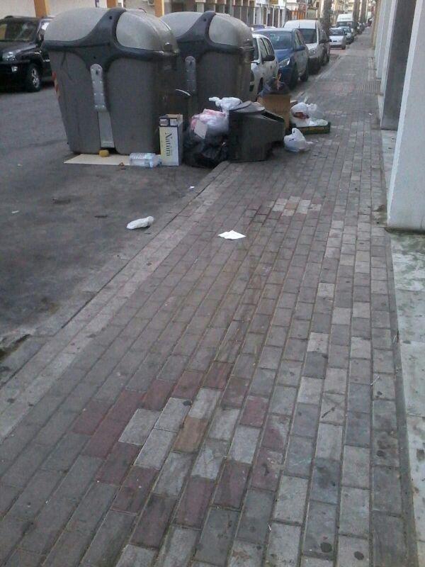 """PP: """"La recogida de basuras en domingo finaliza antes de que acabe la temporada de verano"""""""