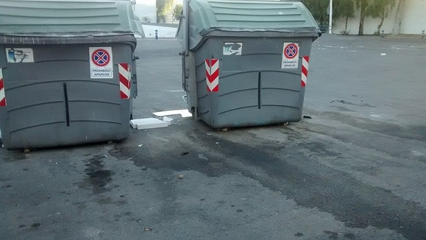 IU ha denunciado el estado de abandono y acumulación de suciedad en determinadas zonas de Motril