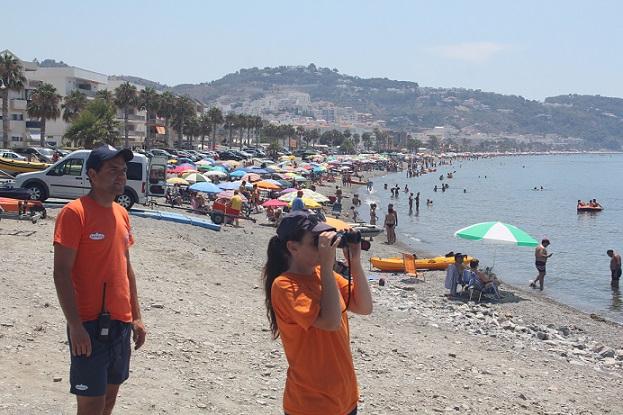 Los puestos de vigilancia y socorro de las playas sexitanas realizaron más de 1200 asistencias durante el verano