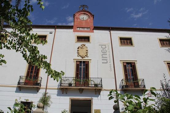 La Diputación concede el premio 'Granada Coronada' al centro de la UNED de Motril