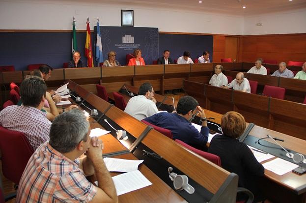 El Consejo Municipal Agrario aprueba la creación de una comisión para analizar con la Junta el desbloqueo del plan de invernaderos