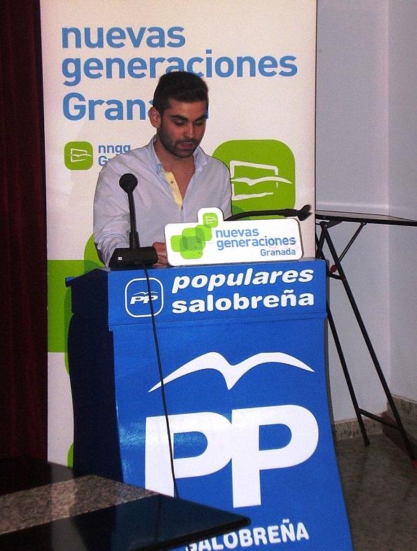 """Fernando Ruiz, presidente de Nuevas Generaciones de Salobreña: """"Nosotros somos la palanca y los ciudadanos son el punto de apoyo"""""""