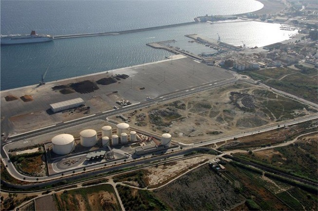 El consejero de Economía de la Junta, visita este lunes el puerto de Motril