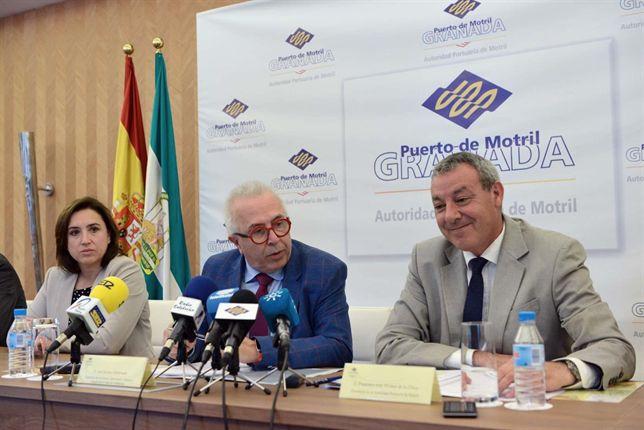 Junta trabajará para atraer inversiones al Puerto de Motril e incrementar su presencia en el tráfico nacional