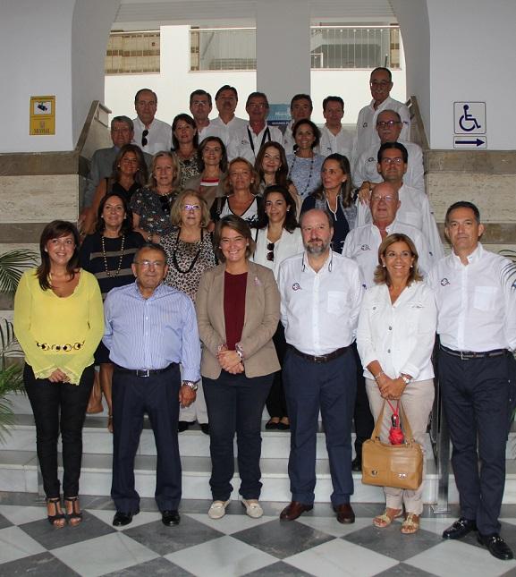 Una delegación del Real Club Marítimo de Melilla visita Motril