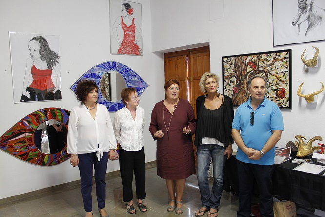 Una exposición colectiva para mostrar la variedad artística y cultural de Órgiva