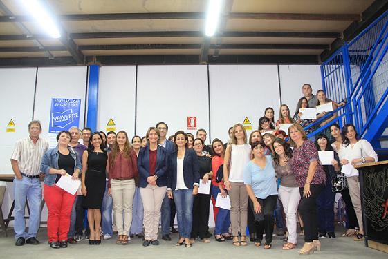 La academia Valverde acredita a medio centenar de motrileños para trabajar en atención a dependientes