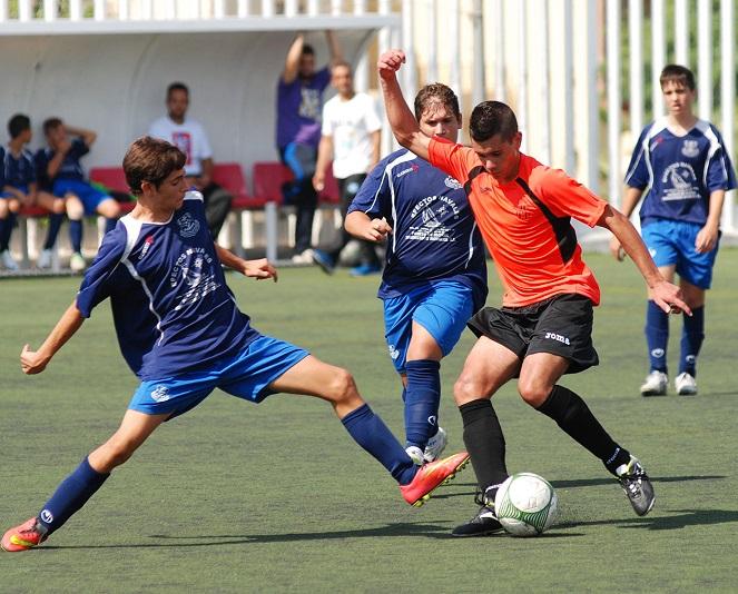 Los dos equipos sénior del Puerto de Motril CF se consolidan en el liderato en Cuarta y Quinta Andaluza