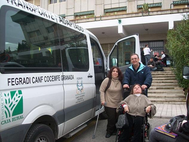 Once alumnos se sirven de FEGRADI para ir a sus clases de Universidad en Granada