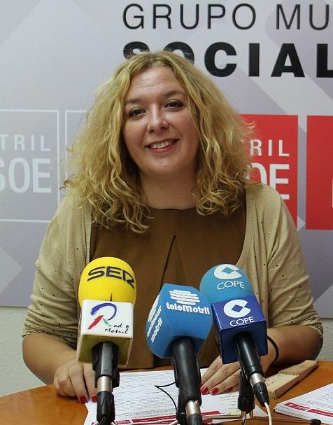 El PSOE pregunta cuando se iniciará el proyecto anunciado por la alcaldesa  para remodelar el entorno del Mercado Municipal