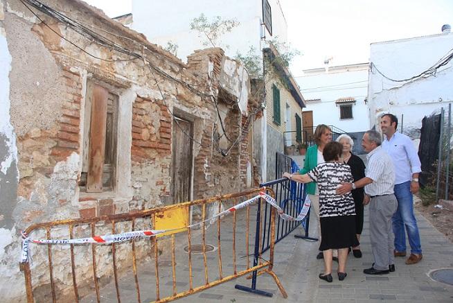 El Ayuntamiento de Motril demuele cuatro viviendas en mal estado