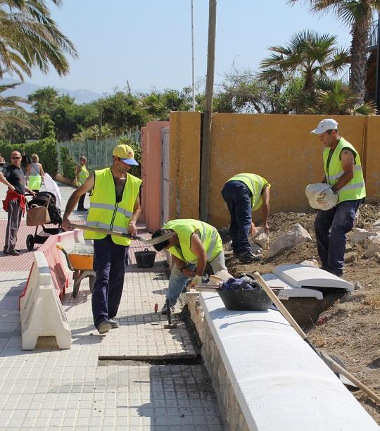 Almuñécar contratará a 72 jóvenes gracias al programa Emple@ Joven de la Junta de Andalucía