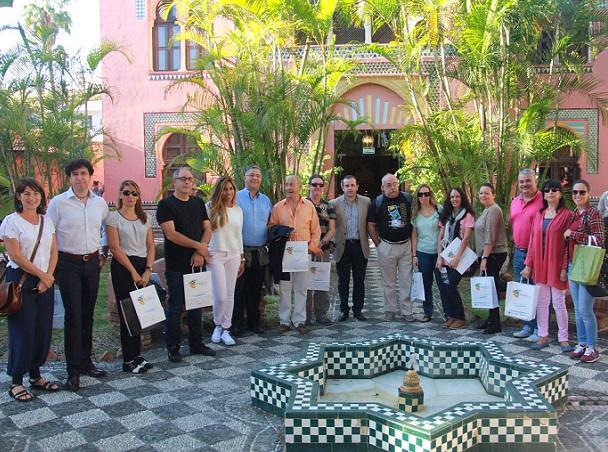 Agentes de viajes de Madrid visitan Almuñécar para conocer la oferta turística