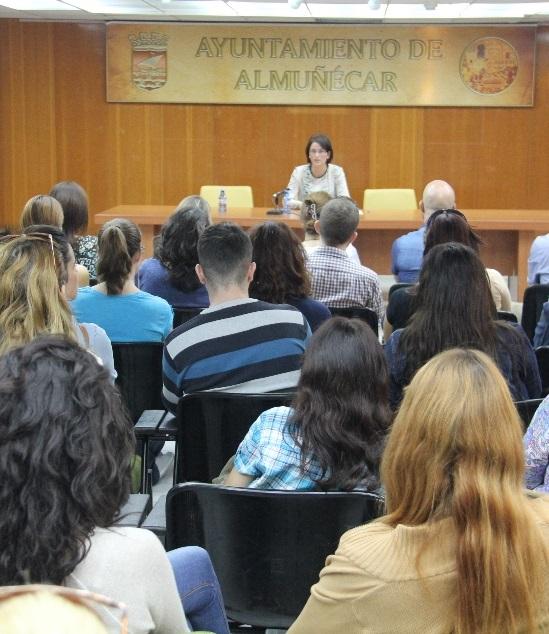 Casi un centenar de alumnos se formaran en los cursos de idiomas de inglés y alemán que promueve el Consistorio sexitano