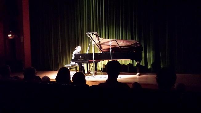 El pianista sexitano Pablo Ruiz ofreció anoche un gran concierto en la Casa de la Cultura