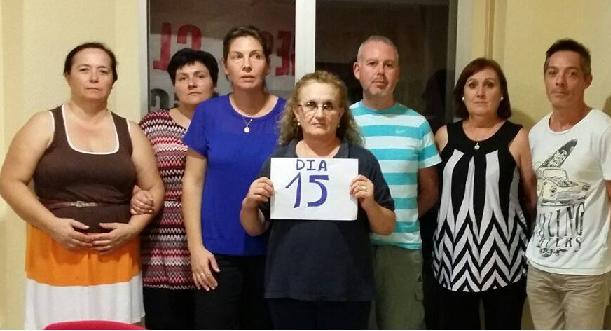 Trabajadoras de Ayuda a Domicilio de Motril cumplen dos semanas de encierro en la sede de Claros