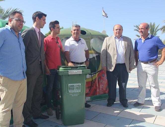 Almuñécar aumento este verano un 20 % el reciclaje del vidrio en  establecimientos públicos