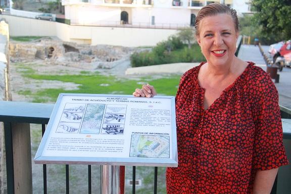Almuñécar mejora la señalización del patrimonio monumental