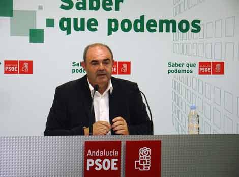 "El PSOE tacha de ""electoralista"" la visita de la ministra de Fomento a Motril"